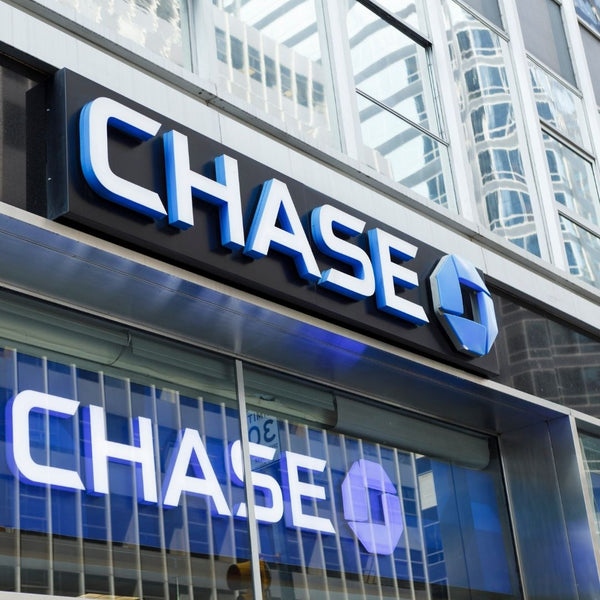 A Front View of Chase Bank from the Street