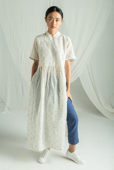 White long straight tunic