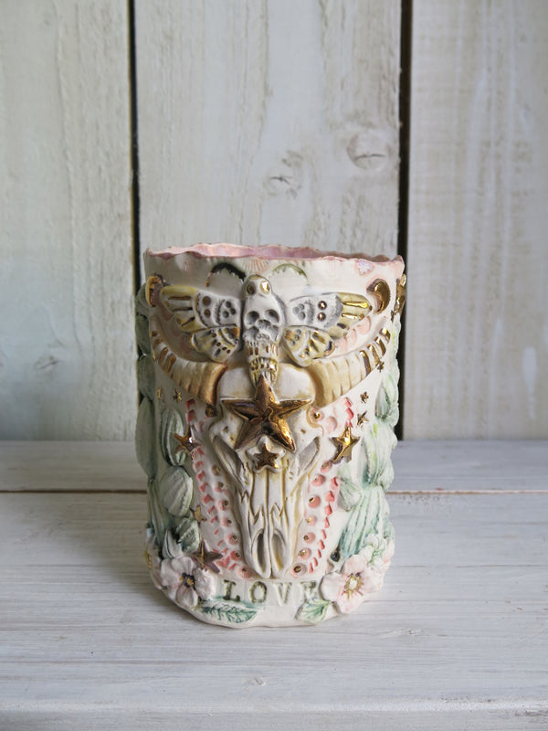 Hawkshead Buffalo Prayer Style Candle