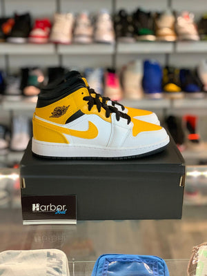 Load image into Gallery viewer, Jordan 1 Mid University Gold