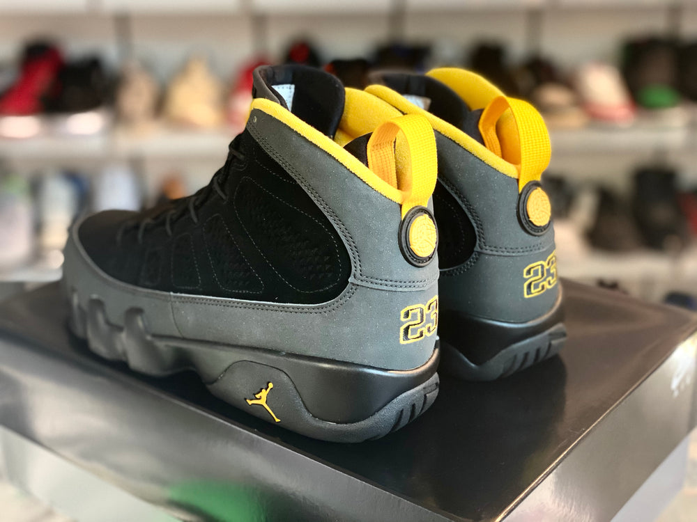 Load image into Gallery viewer, Jordan 9 Retro Dark Charcoal University Gold