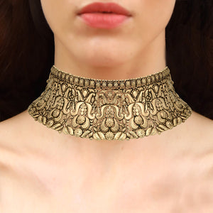 Veria Gold Choker Set