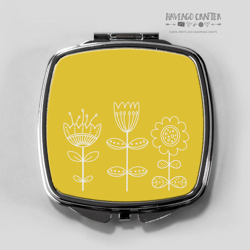 Doodle flowers compact pocket mirror in yellow. - Haveago Crafter