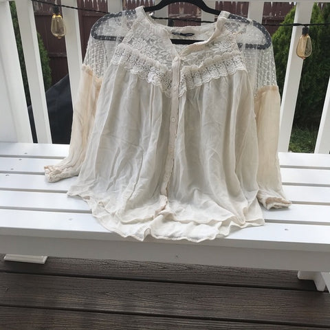 White Long Sleeve Laced Blouse
