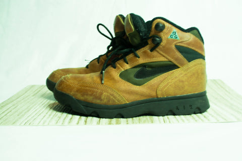 Vintage Nike Women's ACG Leather Hiking Boots sz: 6.5