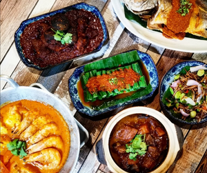 Authentic Nyonya Lunch | 2D1N The Pines Melaka | The Little Nyonya Collection | 2 Pax