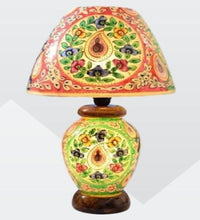 Load image into Gallery viewer, Camel Skin Lamp