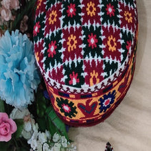 Load image into Gallery viewer, Handmade Traditional Hunza Cap Headwear Warm Winter Hat