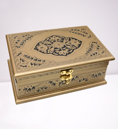 Golden Lacquer Jewelry box