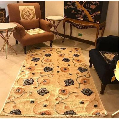 Handmade Chobbi Wool Carpet Pakistani Handicrafts
