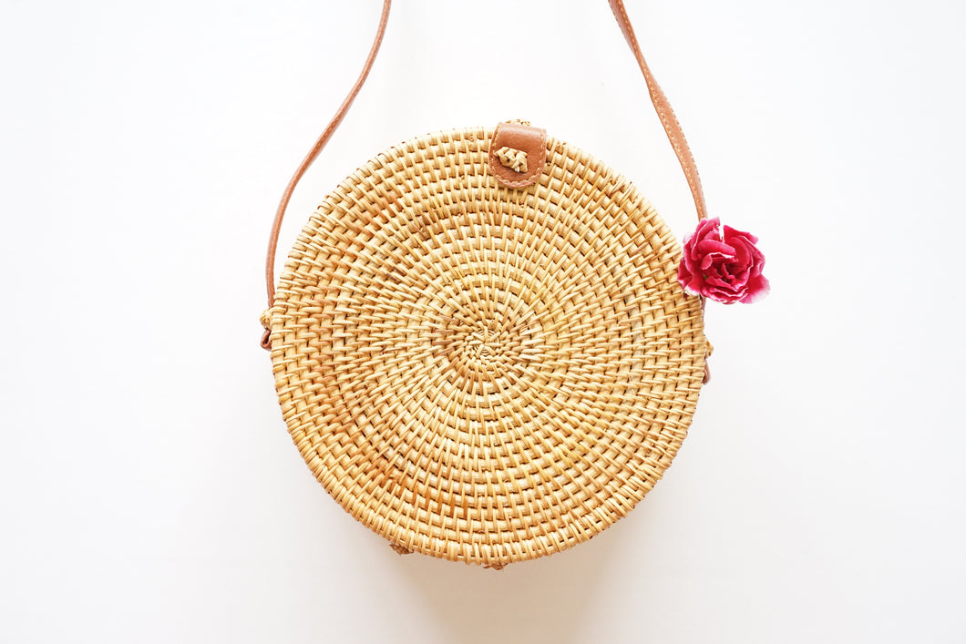 Round Structured Handwoven Straw Bag in Natural