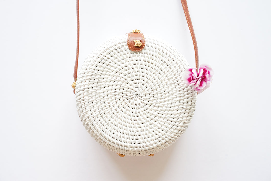 Round Handwoven Straw Bag in White