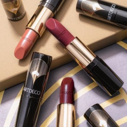 Golden twenties lipstick