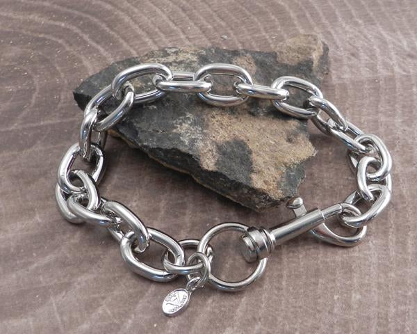 Shop Wallet Chains