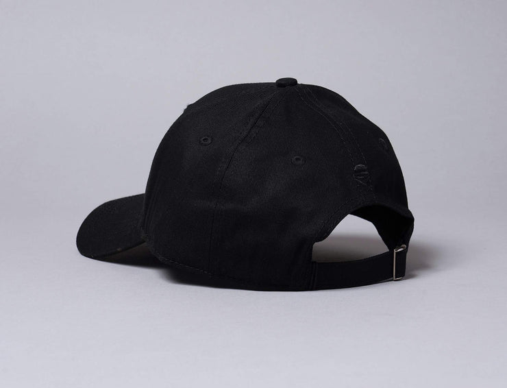 WL Crowned Curved Cap Black