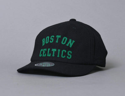 Mitchell & Ness Felt Arch Strapback Boston Celtics