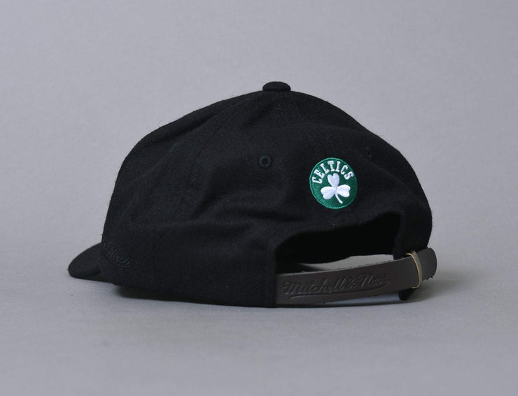 Cap Adjustable Mitchell & Ness Cap Felt Arch Strapback Boston Celtics Mitchell & Ness Adjustable Cap Cap / Black / One Size
