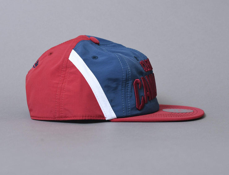 Cap Adjustable Mitchell & Ness Anorak Snapback Cleveland Cavaliers Mitchell & Ness Adjustable Cap Cap / Team / One Size