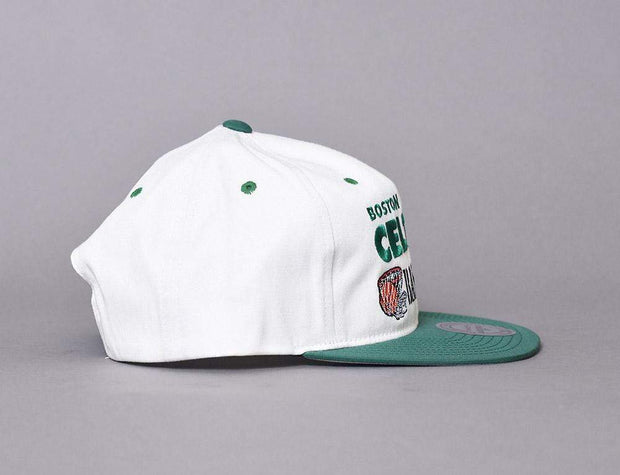 BOSTON CELTICS SNAPBACK CAP - DUNK  OFF WHITE MITCHELL & NESS