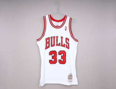 Mitchell & Ness Swingman Bakset Jersey Chicago Bulls 97-98 Scottie Pippen White