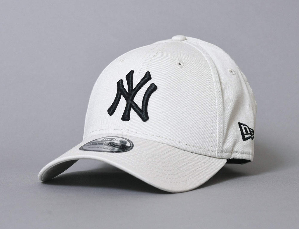9FORTY League Essential NY Yankees Stone/Black