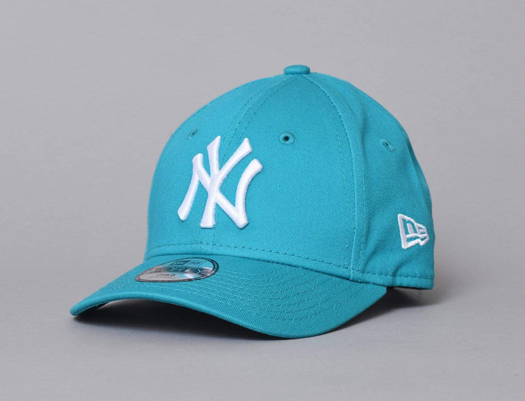 Cap Kids Cap Barn 9FORTY League Essential NY Yankees Teal/White Kids New Era