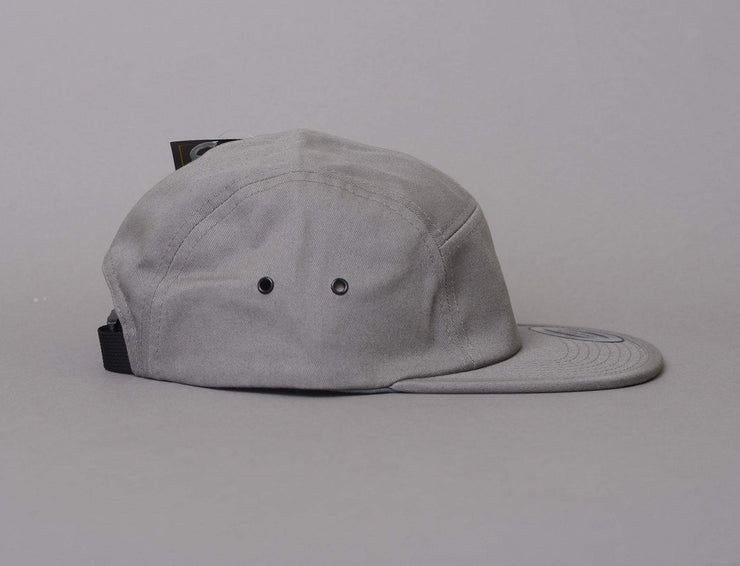 Cap 5-Panel Classic Jockey Cap 7005 Grey Yupoong 5-Panel Cap / Grey / One Size
