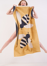 Anorak Buzzy Bee Towel Set