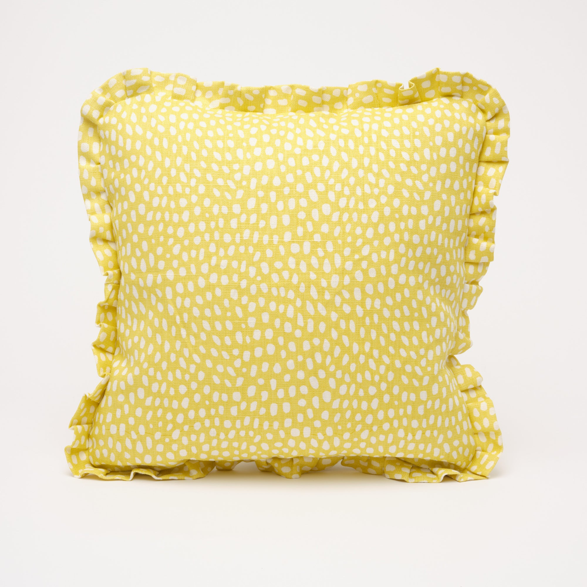 SPOTTY RUFFLE CUSHION - LEMON