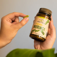 Load image into Gallery viewer, Organic Moringa Capsules