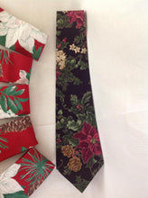 Load image into Gallery viewer, Christmas necktie
