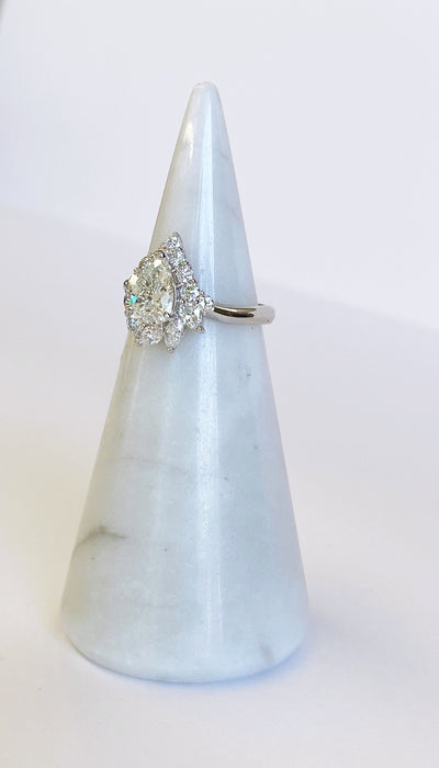 Retro Pear Shape Platinum Ring