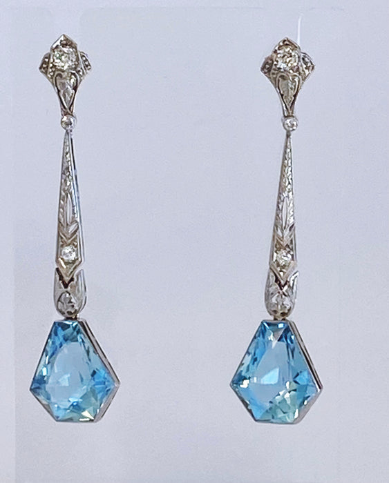 Vintage 12 carat Aquamarine Drop Earrings