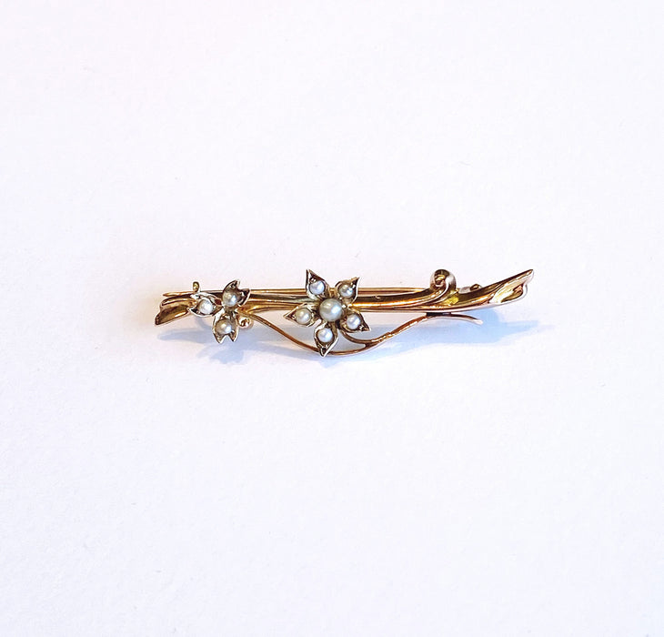 Bar Pin with Seed Pearls in 10k Yellow Gold, Victorian/Art Nouveau