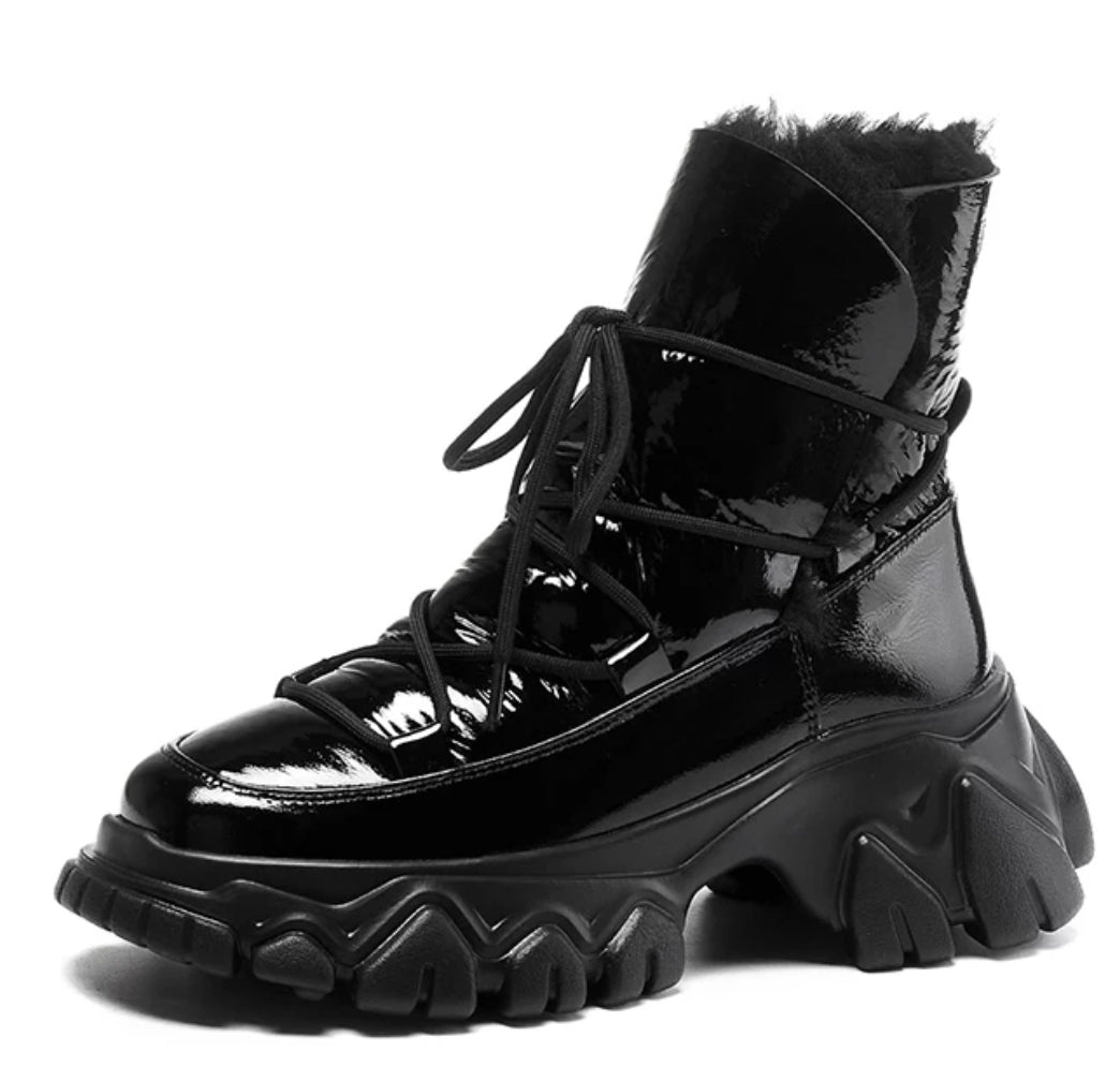 Glossy Black Snow Boots - Trendo Chic