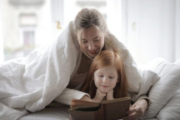 Top 10 Best Bedtime Stories To Read With Your Kids
