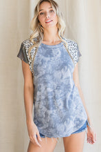 Load image into Gallery viewer, Britton Tunic Top