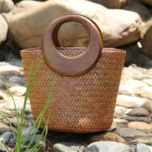 Load image into Gallery viewer, Handmade wood handle straw bag Vintage woven handbags Seaside vacation bag rattan Bucket bag