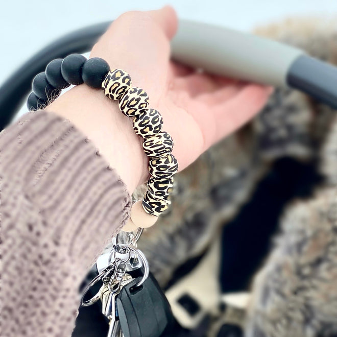 | Bling it On! | KEY FOBS & WRISTLETS
