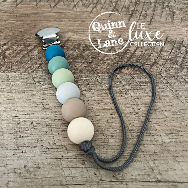 PACIFIER | Teething Clip - Boat House | LE Luxe