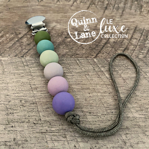 PACIFIER | Teething Clip - Syringa | LE Luxe
