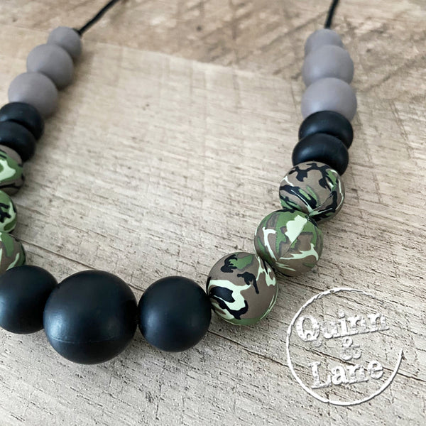 ADULT | Silicone Teething & Nursing Necklace - Camouflage