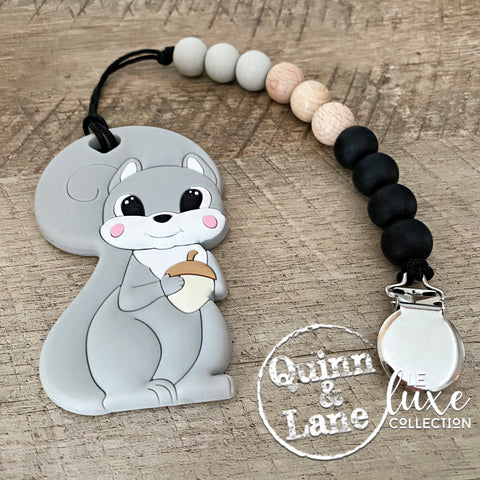 PACIFIER | Teething Clip & Teether - Squirrel | LE Luxe