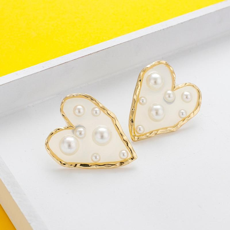 Statement Pearl Stud Earrings - MatchMatch