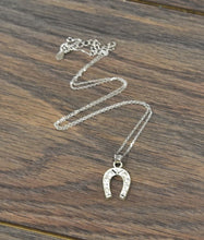 Load image into Gallery viewer, Silver Horseshoe Necklace