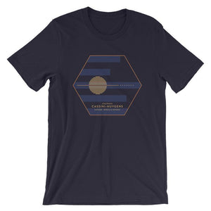 Cassini-Huygens, NASA/ESA Mission to Saturn T-Shirt by Katarina Eriksson S / Men's T-Shirt Space Horizons