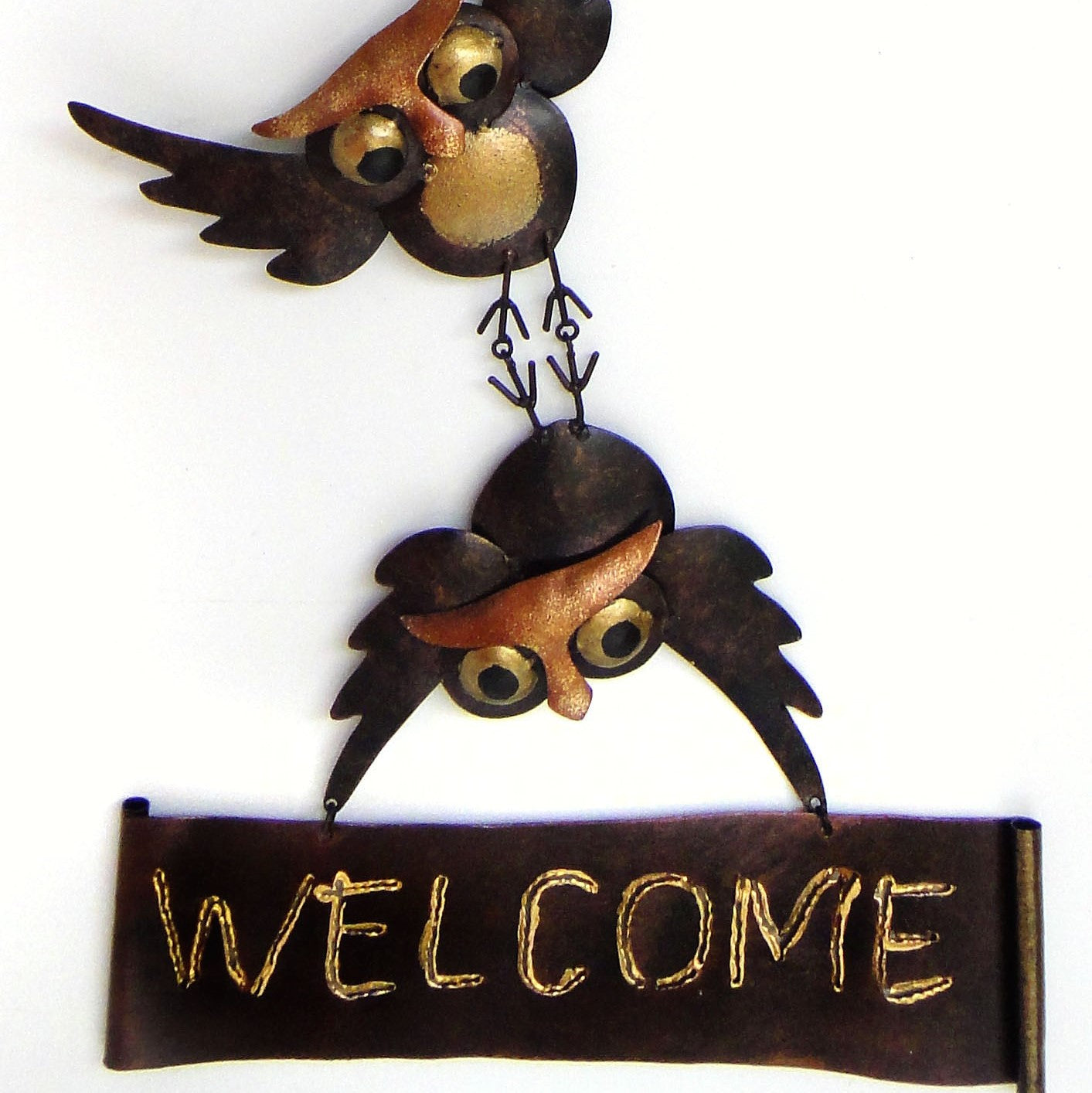 Hanging Owls Welcome Wall Decor