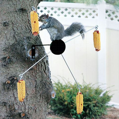 Homestead 4 Cob Hunter Green Cobs-A-Twirl Squirrel Feeder