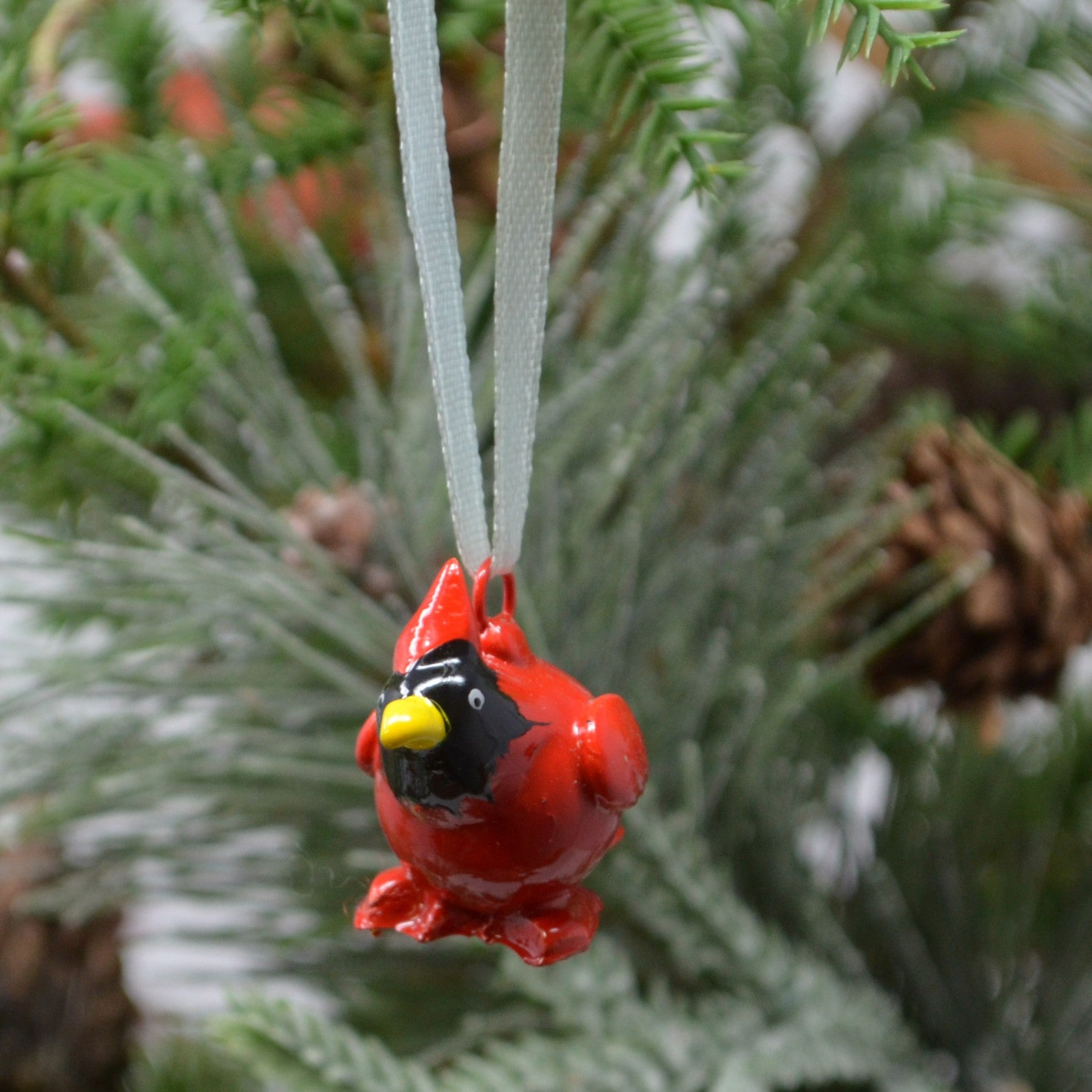 Cardinal Marble Ornament