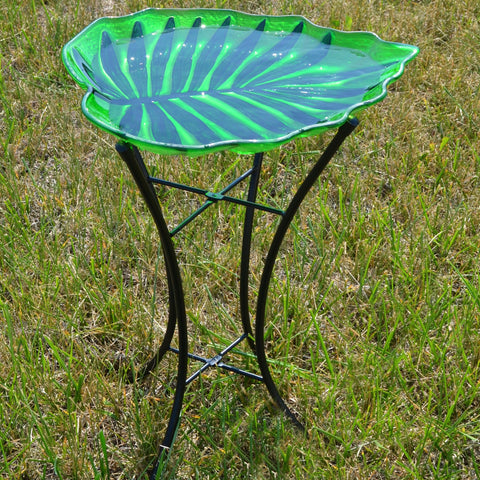 Leaf Shaped Birdbath With Stand